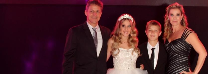 Festa de 15 anos em Curitiba da Rebeca Demeterco